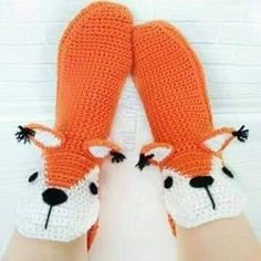 Crochet Boots, Love Crochet, Slippers, Crafts, Shoes, Fashion, Fuzzy Slippers, Creativity, Creative