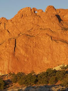 Kissing Camels rock formation, Garden of the Gods Park, Colorado Springs, Colorado - Aaron Spong