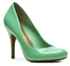 Jessica Simpson Oscar Patent Brights Pump in Green