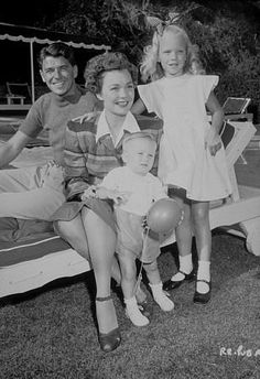 Ronald Reagan and first wife Jane Wyman with daughter Maureen Elizabeth Reagan (January 1941 - August and adopted son Michael Reagan (March 18 1945 - ). Golden Age Of Hollywood, Classic Hollywood, Old Hollywood, American Presidents, Us Presidents, Republican Presidents, Michael Reagan, Jane Wyman, President Ronald Reagan
