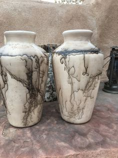 New Mexico Southwestern Horsehair fired ceramic clay white smooth vase $175