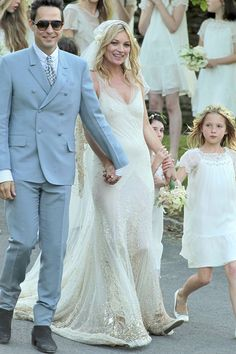 Kate Moss Photos Newlyweds And Jamie Hince Smile For Photographers After Their