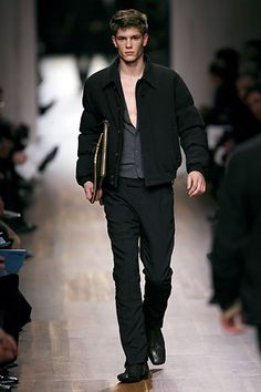 Prada Fall 2006 Menswear Collection Slideshow on Style.com