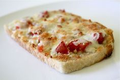Cheesy Tomato Bread Snack Recipes, Healthy Recipes, Snacks, Healthy Food, Tomato Bread, Whats For Lunch, Appetizer Dips, How To Make Bread, Favorite Recipes