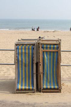 Lazy days on the beach. Summer sun & the ocean. British Seaside, British Summer, Seaside Holidays, Deck Chairs, Summer Beach, Summer Sun, Beach Bum, Summer Pictures, Coastal Living