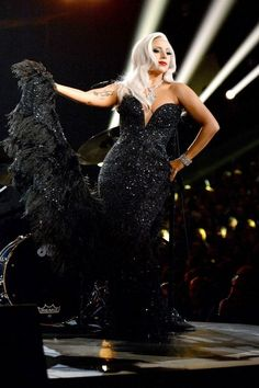See the looks that nearly upstaged the performances at last night's Grammy Awards.