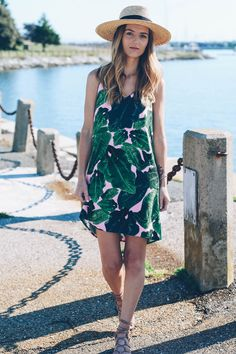 Palm Print Dress for summer from Topshop on Jess Ann Kirby