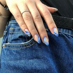 Semi-permanent varnish, false nails, patches: which manicure to choose? - My Nails Minimalist Nails, Hair And Nails, My Nails, Gel Nagel Design, Nagellack Design, Fire Nails, Dream Nails, Nagel Gel, Cute Acrylic Nails