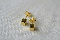 Items similar to Cube Post Earrings, cube studs, Gold Dot Stud Earrings, Minimalist Gold Earrings Gold cubes studs, Silver Cubes studs. on Etsy Gold Dots, Minimalist Jewelry, Cubes, Gold Earrings, Studs, Charms, Unique Jewelry, Handmade Gifts, Silver