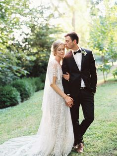 Delicate Wedding Inspiration With Vintage Wedding Gowns | Photos by Matoli Keely