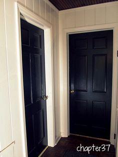 painted black doors against white walls Painted Interior Doors, Black Interior Doors, House Paint Interior, Black Doors, Painted Doors, Painted Walls, Interior Painting, Painting Stripes On Walls, Painting Trim