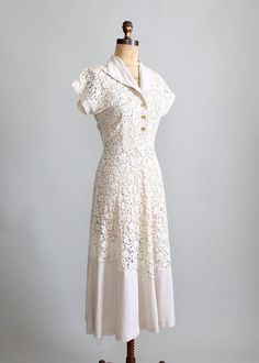 1940s Lace and Linen Party Dress.  This would be such a lovely wedding dress!