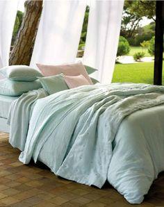 Linge de lit romantique linge de maison pinterest - Linge de lit yves delorme ...