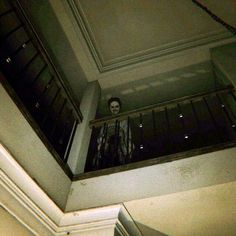 What you see when wandering into a dark, mysterious, creepy, supposedly abandoned house Arte Horror, Horror Art, Horror Movies, Creepy Images, Creepy Pictures, Creepy Horror, Creepy Art, Arte Obscura, Silent Hill