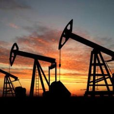 Looking for oilfield jobs? We're your one stop spot for oilfield jobs, oilfield news, oilfield learning and more. Energy Industry, Oil Industry, Company Job, Le Prix, Orange Sky, Oil Rig, Crude Oil, West Texas, Finding Nemo
