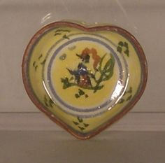 Quimper Yellow Heart Plate Elizabeth Chambers - $85.00 : Swan House Miniatures, Artisan Miniatures for Dollhouses and Roomboxes