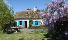 Natuurhuisje 26078 - vakantiehuis in Chappes Houses In France, European House, Good House, Traditional, House Styles, Inspiration, Home Decor, Cottage, Houses
