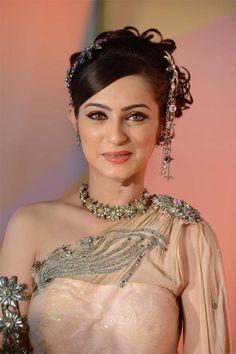 She plays Queen Ruquaiya in Jodha Akbar!! So beautiful!!