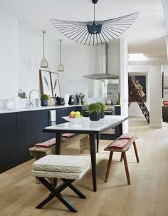L'élégante cuisine ouverte de Pierre Frey, à Paris - 24 bonnes idées pour une cuisine moderne et pratique - CôtéMaison.fr