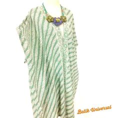 Kimmie long kimono batik Indonesia with Parang pattern. $17.5 #etsy #Handmade #moeslem #fashion #hijab #bohemian