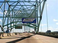 Hernando de Soto Bridge (Interstate 40 crossing the Mississippi River in Memphis, TN)