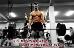 Ce e CROSSFIT-ul? | Uzina | CrossFit Columna Crossfit, Sumo, Wrestling, Swimwear, Sports, Columns, The Body, Bathing Suits, Sport