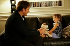 """Tali teaches DiNozzo how to say """"dog"""" in Hebrew."""