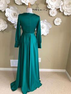 Muslim Dress, Hijab Dress, Emerald Green Evening Dress, Long Sleeve Peplum Top, Elegant Dresses For Women, Bridesmaid Dresses, Wedding Dresses, Evening Dresses, Long Dresses