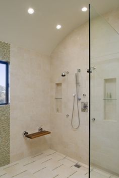 Small set/leg rest for shaving // Contemporary bathroom by John Lum Architecture, Inc. AIA