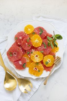 Citrus Salad with Honey and Mint. Tasty brunch idea for Mother's Day or Spring!