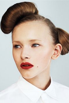 Looove this! I tried to do this hair style last yr, but couldn't do it >.<  http://www.refinery29.com/asos-hairstyle-hair-tutorial/slideshow#slide-6