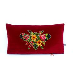 Houles Paris Velvet French Bee Abeille Silhouette by Retrocollects £55 https://www.etsy.com/shop/Retrocollects