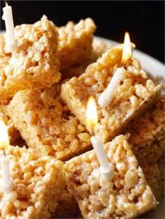 Marshmallow Crispy Squares By Nigella Lawson. Rice Crispy Squares, Rice Crispy Cake, Rice Krispie Cakes, Rice Crispy Treats, Simple Rice Crispy Recipe, Krispie Treats, Nigella Lawson, Baking Recipes, Cake Recipes