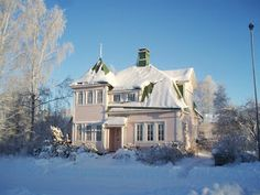 A gorgeous old house (built 1918), in Karis in Raseborg, Finland