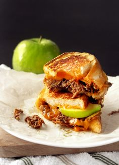 Pulled Pork Apple Grilled Cheese