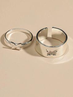 Stylish Jewelry, Cute Jewelry, Fashion Jewelry, Cute Promise Rings, Cute Rings, Hand Jewelry, Jewelry Rings, Jewelry Accessories, Grunge Jewelry