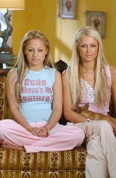 "nicole ritchie & paris hilton in ""the simple life"" 2000s Fashion Trends, Early 2000s Fashion, 2000s Trends, Paris And Nicole, 2000s Party, Paris Hilton, Juicy Couture, Celebs, Nicole Richie"