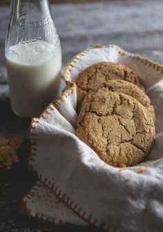 Pumpkin chai cookies (in french - using DT Pumpkin Chai Tea) Italian Biscuits, Italian Cookies, Chai, Kinds Of Cookies, Pumpkin Cookies, Quick Easy Meals, Cookie Recipes, Tea Recipes, Pumpkin Recipes