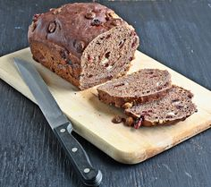 Even after baking so many breads, I cannot resist a new bread recipe when I see it. I have been wanting to make Chocolate Cherry bread for . No Bake Desserts, Delicious Desserts, Dessert Recipes, Chocolate Cherry, White Chocolate Chips, Cherry Bread, Chocolate Dishes, Biscuit Bread, Sweet Bread