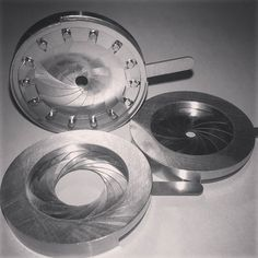 37 mm stainless steel iris diaphragms #shiny #irisdiaphragm #engineering #precission