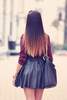 Dip-Dye Hair Is The Best on We Heart It http://weheartit.com/entry/79524226/via/SimplyDeedi