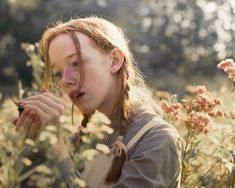 The beloved young heroine from Green Gables is back. Anne Green, Anne Of Green Gables, Anne Shirley, Gilbert And Anne, Amybeth Mcnulty, Anne White, Gilbert Blythe, Anne With An E, Louise Brealey