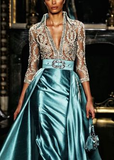 Lysa Arryn - Zuhair Murad Haute Couture F/W I've got nowhere to wear this but WOW! Style Couture, Couture Fashion, Runway Fashion, Instyle Fashion, Couture Details, Beautiful Gowns, Beautiful Outfits, Gorgeous Dress, Mode Glamour