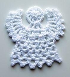 Crochet angel for Chriatmas tree or card. Instructions video at http://youtu.be/zMnO4f7RC0I Ristiin rastiin: Virkattu enkeli joulukuuseen