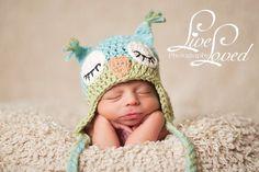 Sleepy Owl Hat Crochet Pattern by BeezyMomCreations on Etsy Crochet Owl Hat, Owl Crochet Patterns, Bonnet Crochet, Crochet Bebe, Owl Patterns, Knit Or Crochet, Kids Crochet, Free Crochet, Beanie Babies
