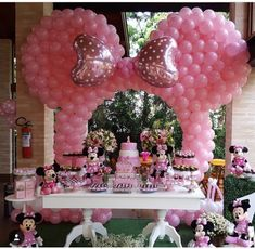Mini Mouse 1st Birthday, Mickey Mouse Birthday Decorations, Minnie Mouse Theme Party, Minnie Mouse Balloons, Minnie Mouse Baby Shower, Minnie Birthday, Mickey Party, Carnival Birthday, Birthday Balloons