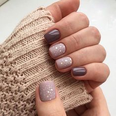 16 Stunning Nail Art Trend Ideas for Are you looking for nail colors design for winter? See our collection full of cute winter nail colors design ideas and get inspired! Colorful Nail Designs, Simple Nail Designs, Fabulous Nails, Perfect Nails, Mauve Nails, Nagel Blog, Prego, Trendy Nail Art, Square Nails