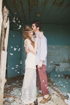 A nice and happy hippy wedding