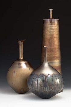 宮村 秀明  Hideaki Miyamura, Japan This is an idea for use of Saturation Metalic glaze, cone 6 Potter's choice