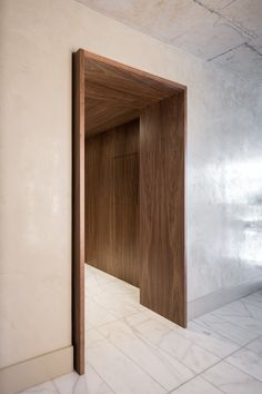 Use extended door casing & sit single box architrave surround to give a stepped finish. Use with plain box skirting? Architecture Details, Interior Architecture, Door Design, House Design, Entrance Design, Br House, Architrave, Lobby Design, Prefab Homes